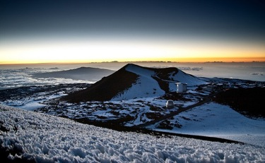 hawaii big island- muana kea snowy summit- flckr-Randy Stewart